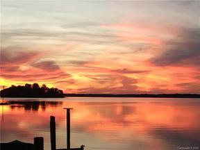 Property for sale at 20707 Island Forest Drive, Cornelius,  North Carolina 28031