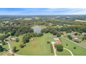 Property for sale at 181 Country Drive, Statesville,  North Carolina 28625
