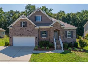 Property for sale at 1095 Hallow Lake Terrace, Lake Wylie,  South Carolina 29710