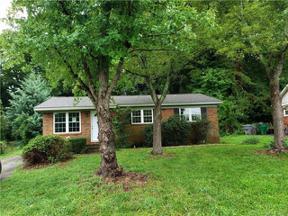 Property for sale at 611 Dunbrook Lane, Charlotte,  North Carolina 28217