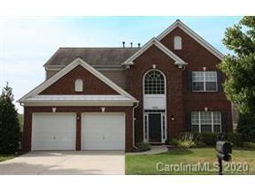 Property for sale at 10820 Fountaingrove Drive, Charlotte,  North Carolina 28262