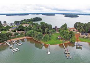 Property for sale at 17135 Belle Isle Drive, Cornelius,  North Carolina 28031