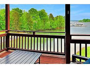 Property for sale at 18726 Nautical Drive #302, Cornelius,  North Carolina 28031