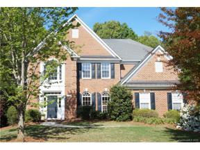 Property for sale at 412 Willow Brook Drive, Matthews,  North Carolina 28105