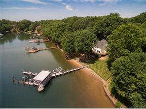 Property for sale at 14018 Clarendon Pointe Court, Huntersville,  North Carolina 28078