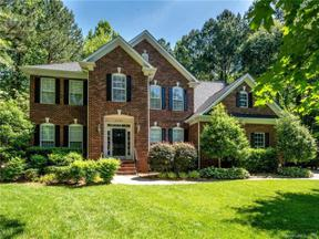 Property for sale at 4435 Overlook Cove Road, Charlotte,  North Carolina 28216