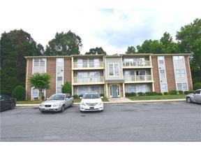 Property for sale at 1614 Arlyn Circle Unit: J, Charlotte,  North Carolina 28213