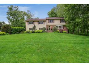 Property for sale at 10 WESTVIEW RD, Short Hills,  New Jersey 07078