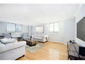 Property for sale at 100 MANHATTAN AVE Unit: 206, Union City,  New Jersey 07087