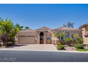 Property for sale at 2725 Kingclaven Drive, Henderson,  Nevada 89044