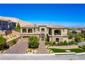 Property for sale at 102 Highland Crown Road, Las Vegas,  Nevada 89141