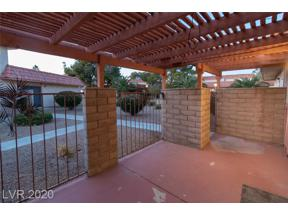 Property for sale at 691 Pepper Tree Circle, Henderson,  Nevada 89014
