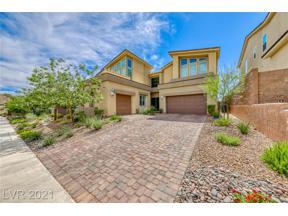 Property for sale at 7 Hilltop Crest Street, Henderson,  Nevada 89011