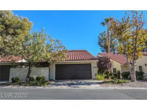 Property for sale at 2824 Glendevon Circle, Henderson,  Nevada 89014