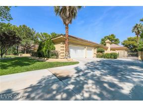 Property for sale at 44 Quail Run Road, Henderson,  Nevada 89014