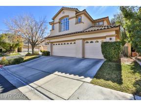 Property for sale at 2013 Trailside Village Avenue, Henderson,  Nevada 89012