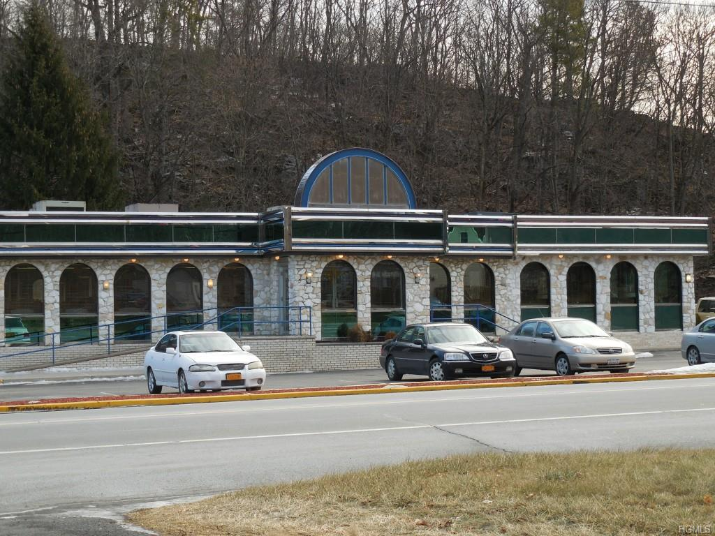 Photo of home for sale at 5500 Route 9w Highway, Newburgh NY