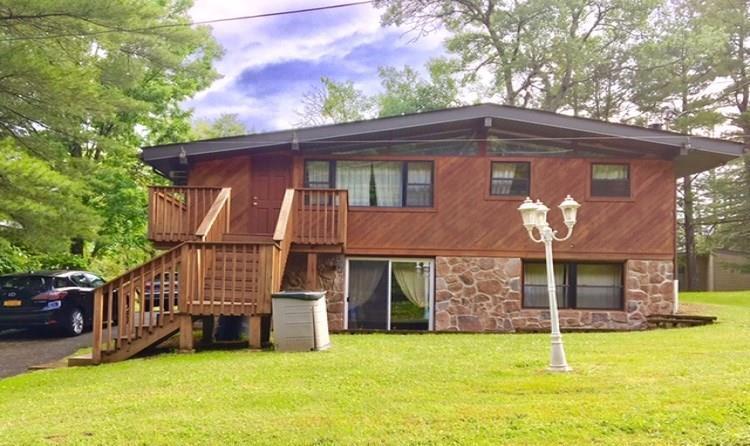 Photo of home for sale at 71 aka: 81 West Shore Road, Kauneonga NY