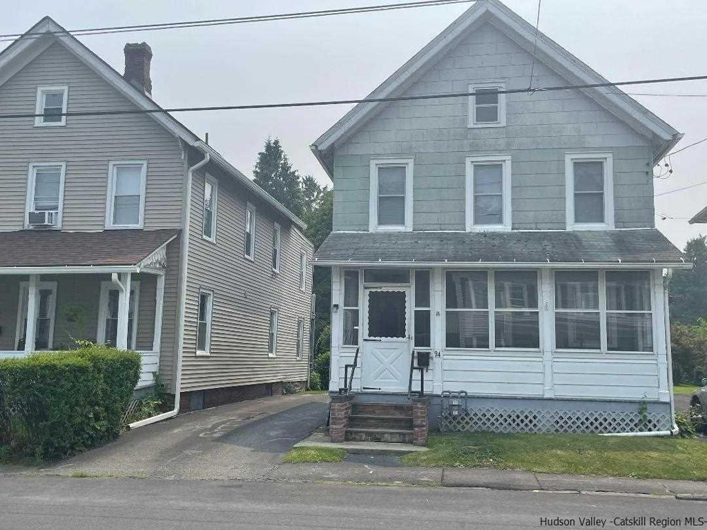 94 Livingston Street Saugerties NY 12477