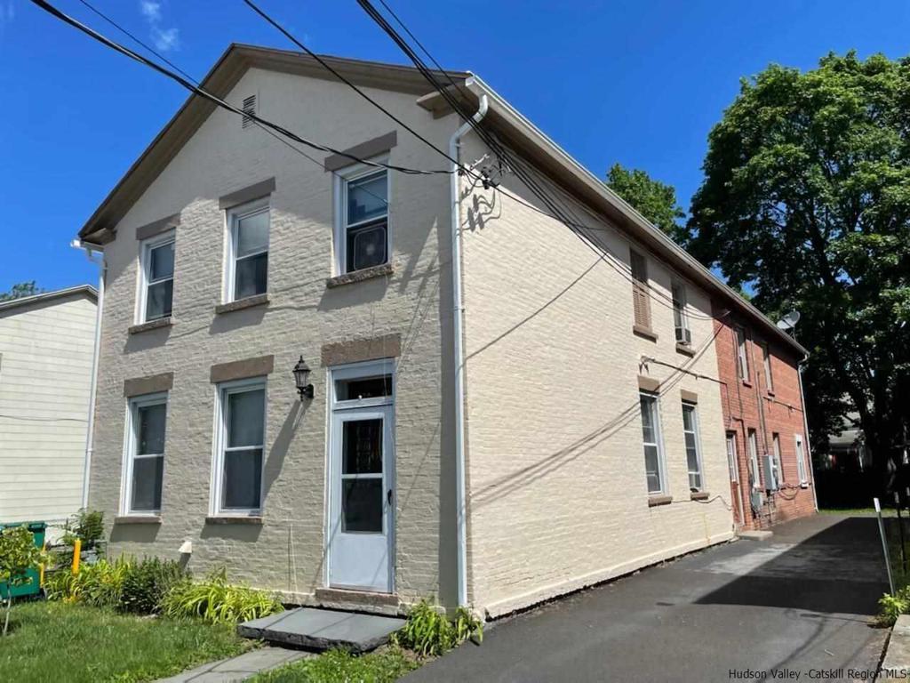 41 Livingston Street Saugerties NY 12477