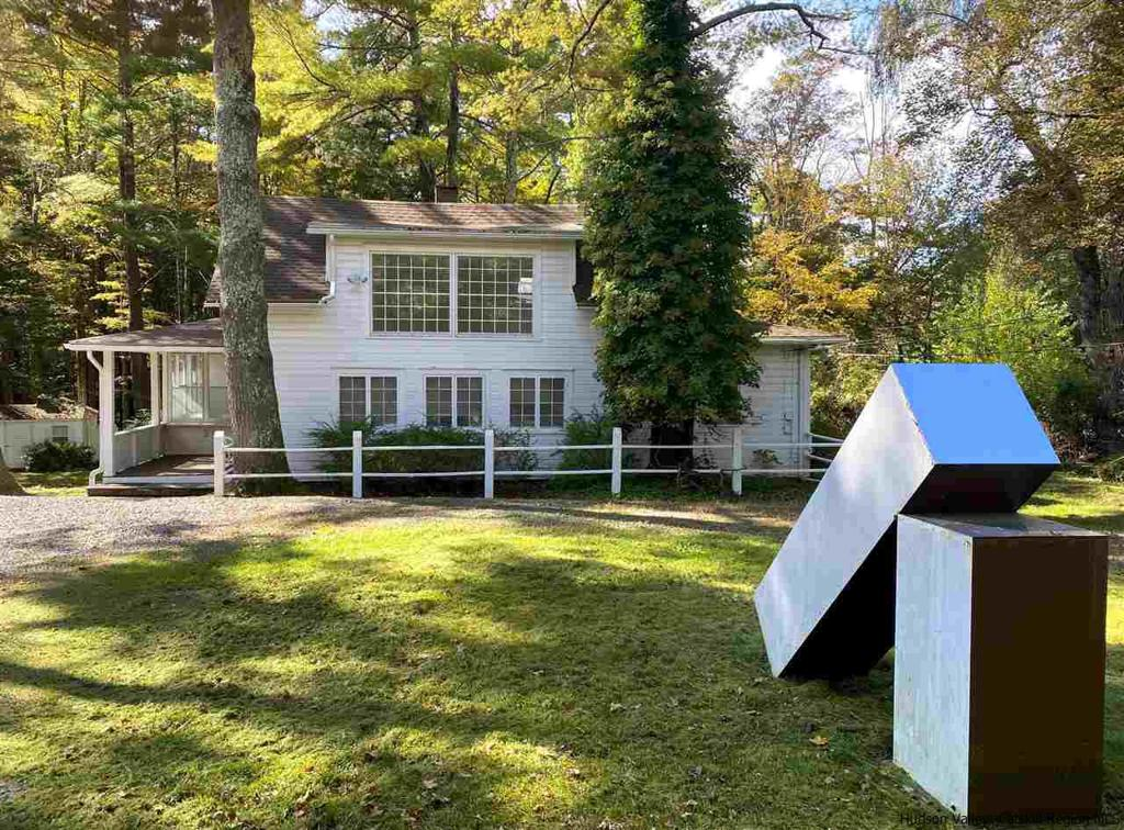 41 Lower Byrdcliffe Road Woodstock NY 12498
