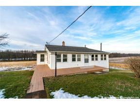 Property for sale at 9215 Travell Knapps Corner Road, Galen,  New York 14489