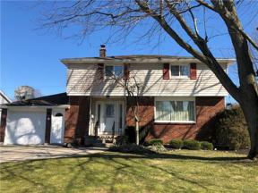 Property for sale at 247 Donna Lea Boulevard, Amherst,  New York 14221