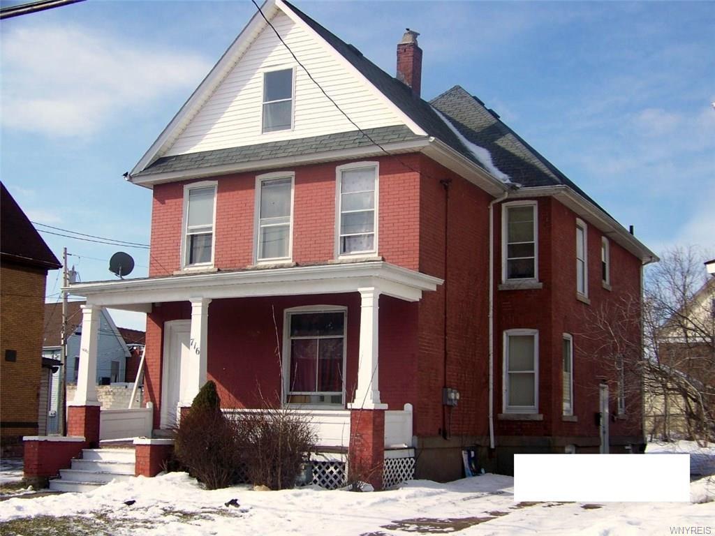 Photo of home for sale at 716 17th Street, Niagara Falls NY