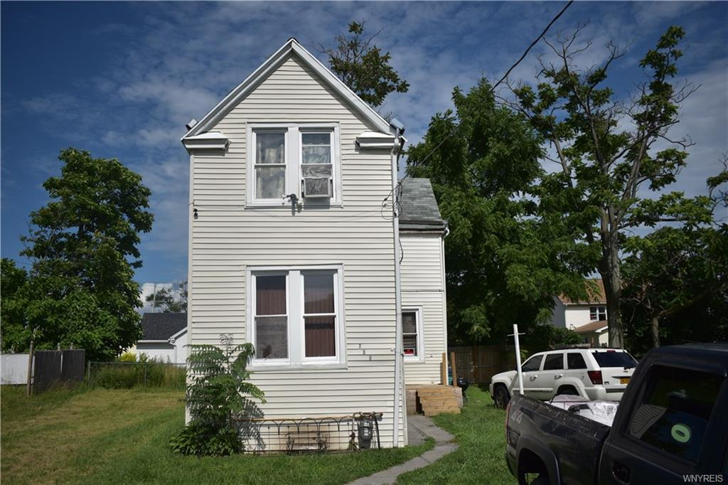Photo of home for sale at 259 Pine Street E, Buffalo NY
