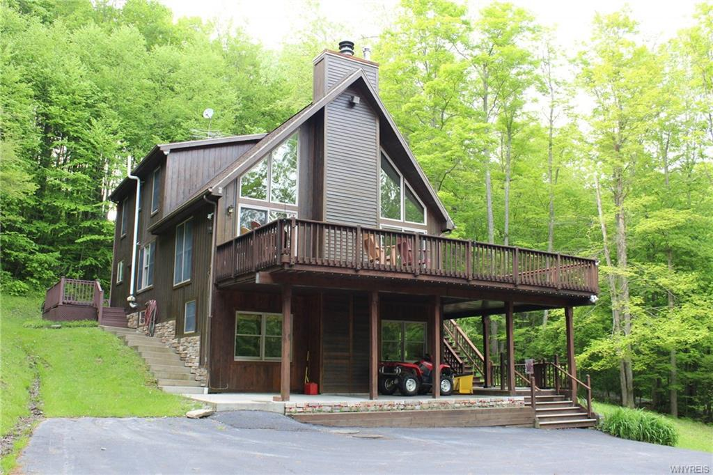 Photo of home for sale at 5495 Partridge Hill Road, Great Valley NY