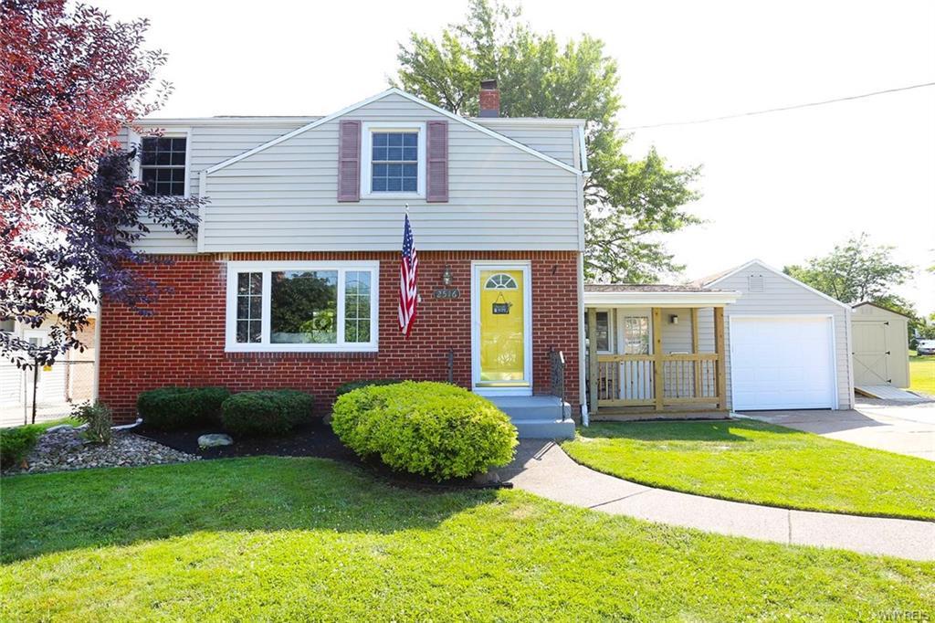 Photo of home for sale at 2516 Eggert Road, Tonawanda-town NY