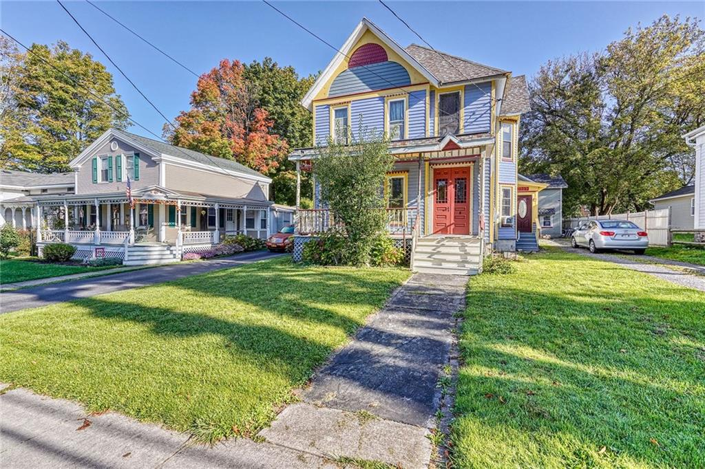 Photo of home for sale at 3989 Buffalo Street, Marion NY