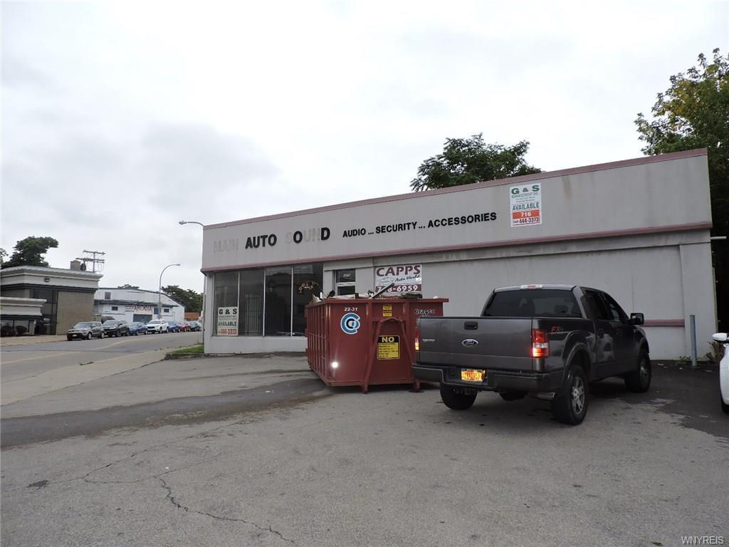 Photo of home for sale at 2675 Main Street, Buffalo NY