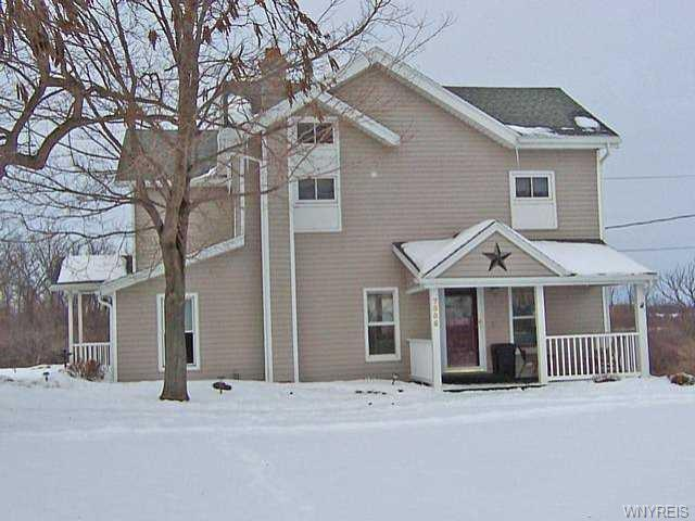 Photo of home for sale at 7556 Bank Street Road, Elba NY