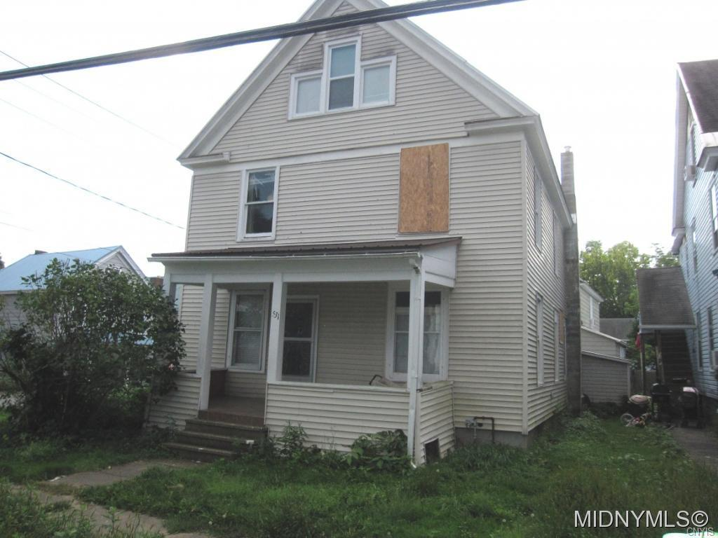 Photo of home for sale at 531 Prescott Street, Herkimer NY