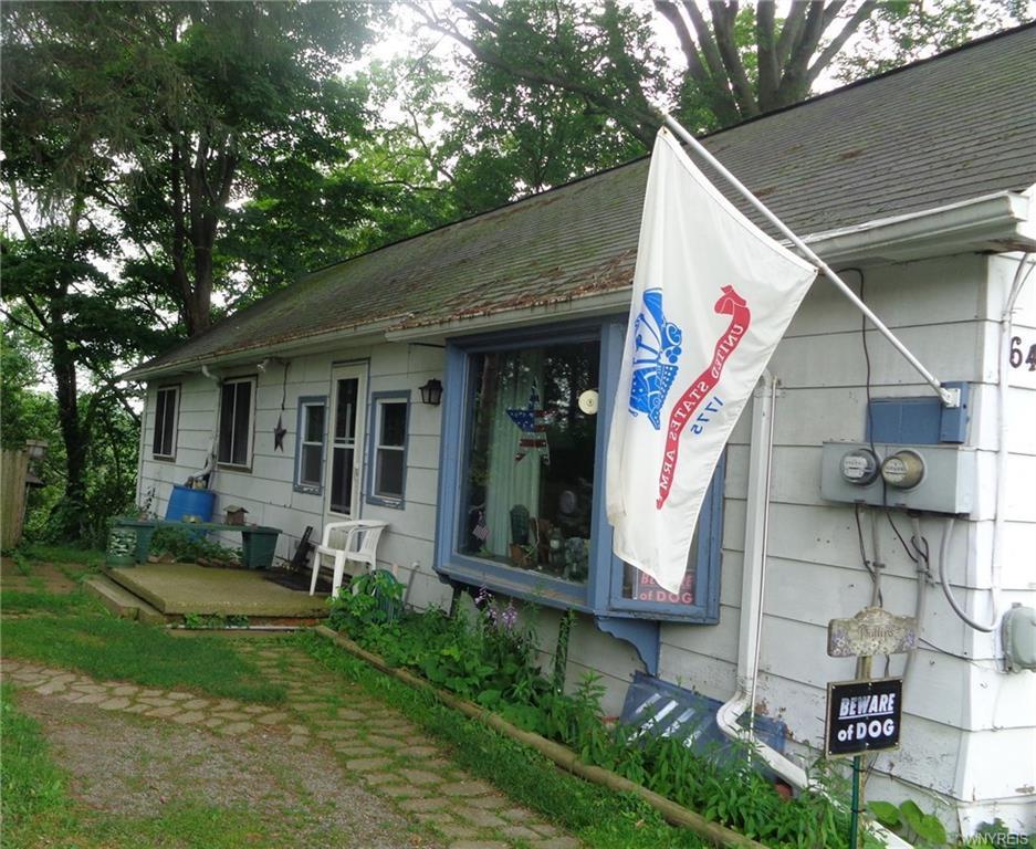 Photo of home for sale at 62-64 Clinton Street, Bennington NY