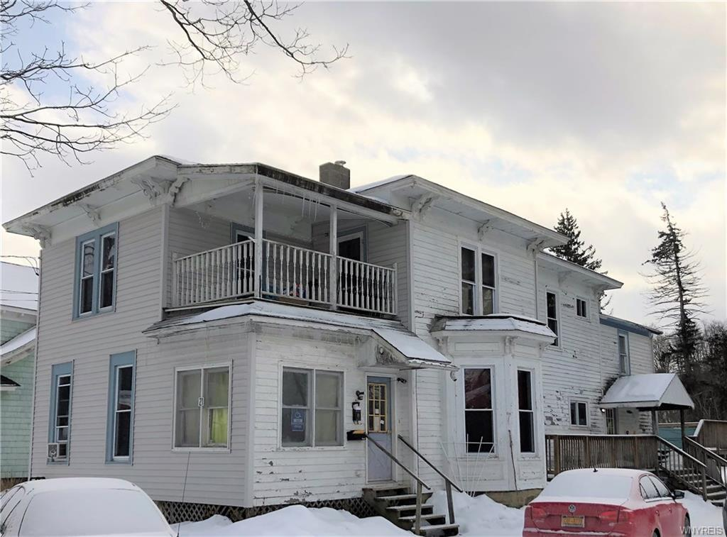 Photo of home for sale at 21 Maple Avenue, Franklinville NY
