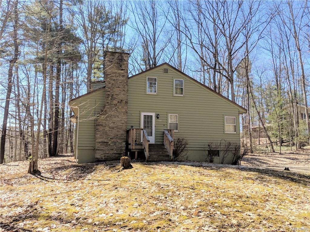 Photo of home for sale at 7337 Park Drive, Caneadea NY