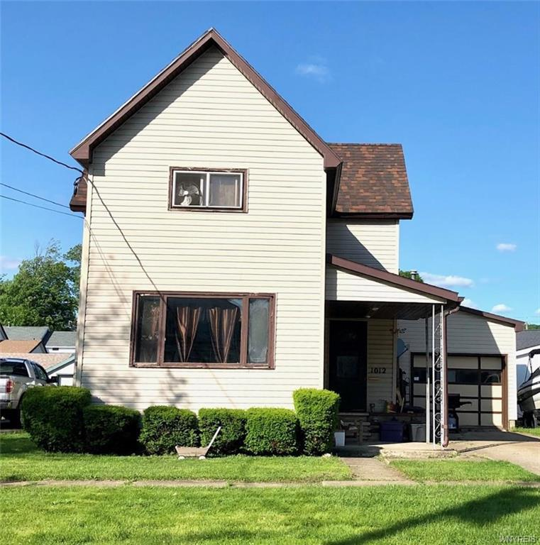 Photo of home for sale at 1012 Walnut Street, Olean-city NY