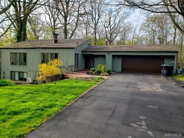 Photo of home for sale at 3191 Creek Road, Porter NY