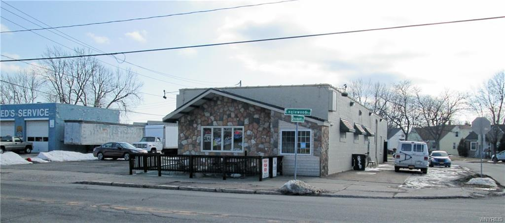 Photo of home for sale at 850 Englewood Ave., Tonawanda-town NY