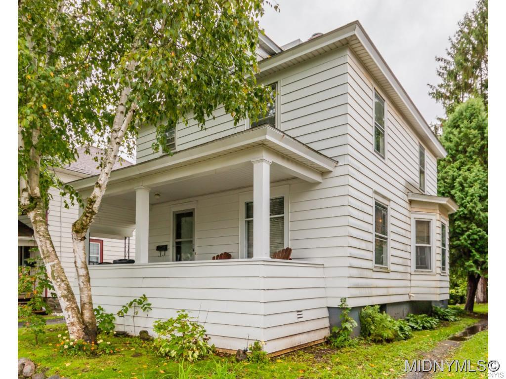 Photo of home for sale at 324 William, Herkimer NY