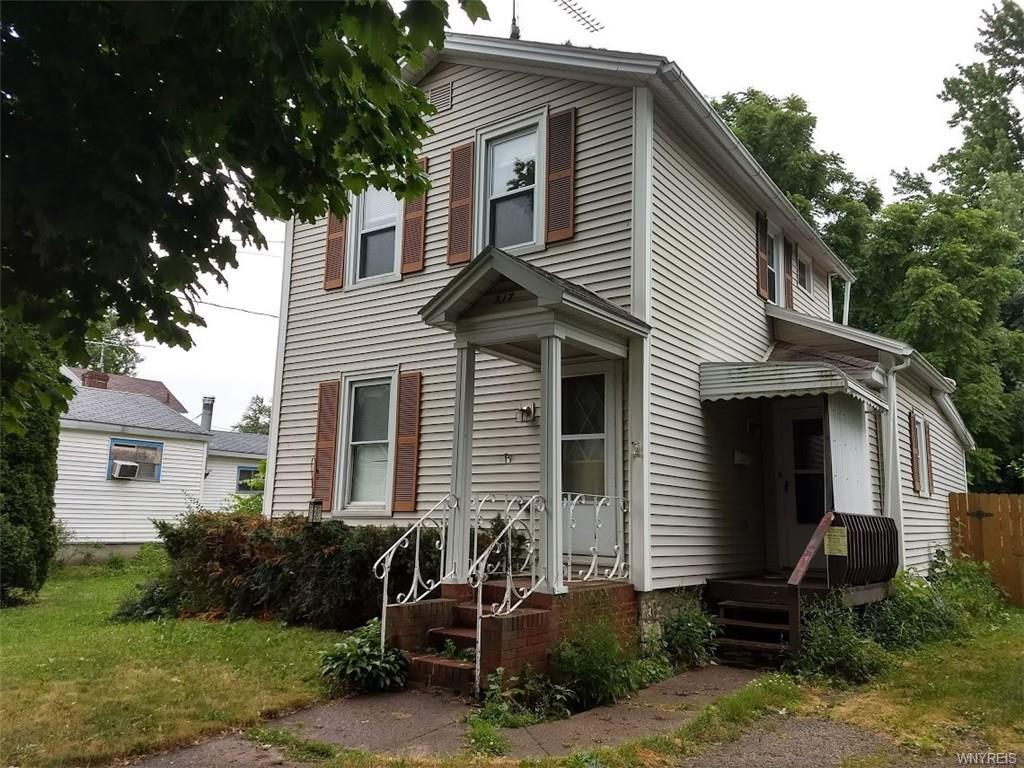 Photo of home for sale at 317 Commercial Street, Ridgeway NY