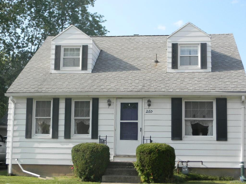 Photo of home for sale at 260 Thorncliff Road, Tonawanda-town NY