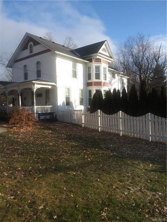 Photo of home for sale at 940 River Road, Porter NY