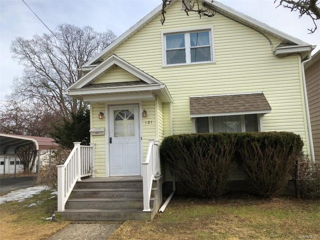 Photo of home for sale at 121 17th Street S, Olean-city NY