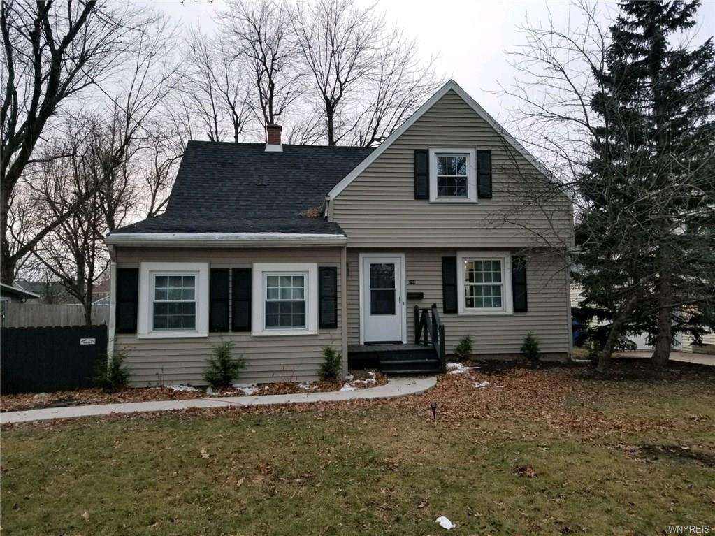Photo of home for sale at 244 Union Road N, Amherst NY