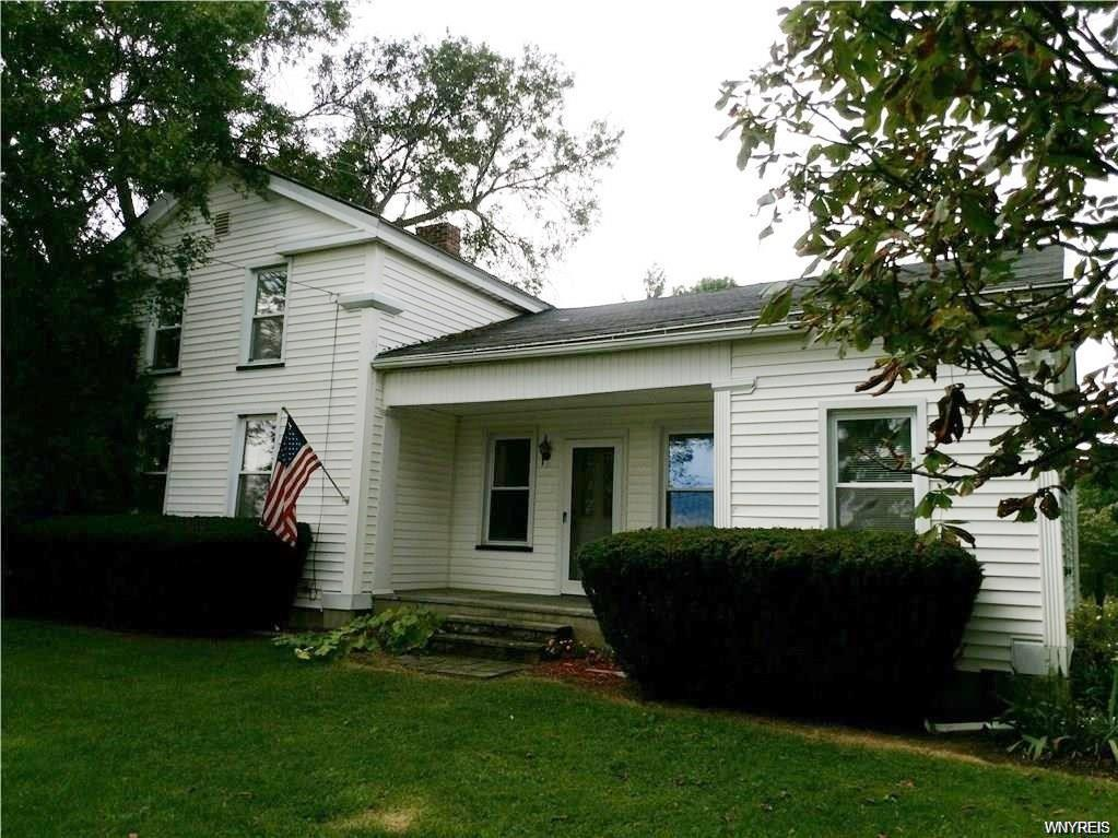 Photo of home for sale at 5311 Ford Road, Elba NY
