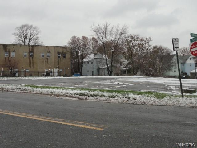 Photo of home for sale at 245 Portage Road, Niagara Falls NY
