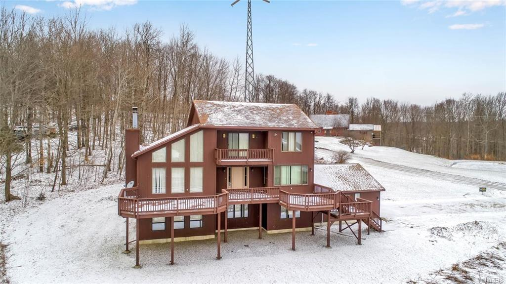 Photo of home for sale at 7232 Bibbs Road, Mansfield NY